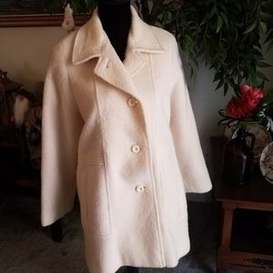 White trench coat 100% wool